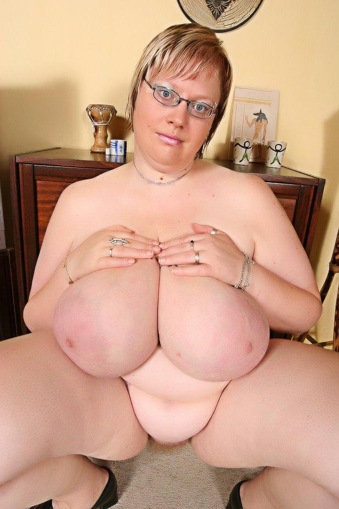janet hubert nud pussy