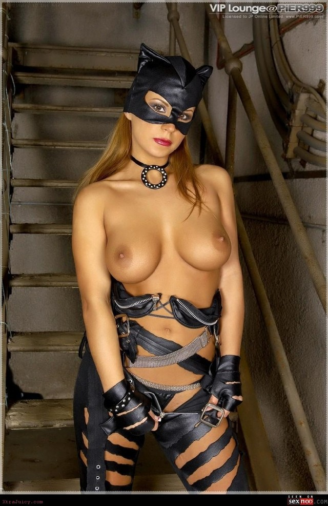 catwoman naked